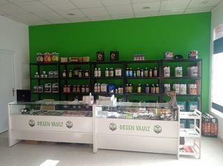 Green vault grow shop.