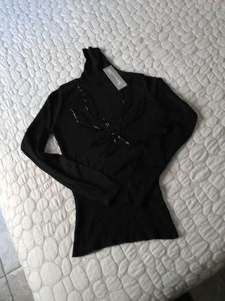 jersey cuello alto negro