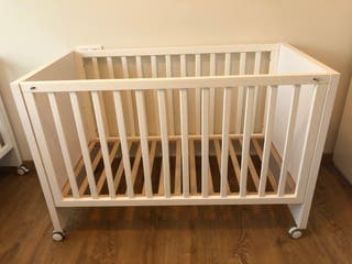 2 Cunas madera lacada blanco de calidad nueva