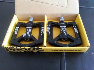 Nukeproof pedales