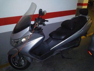 suzuki burgman 250 cc
