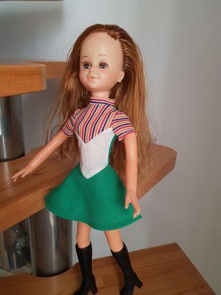 muñeca SORAYA pelirroja