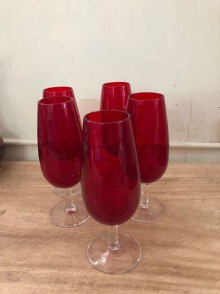 Juego copas vintage rojas