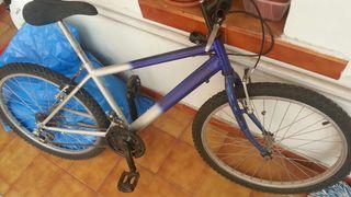 Regalo bicicleta para reparar o piezas
