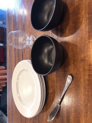 Oulet platos, cuenco, cop coñac y cuchillo pescado