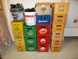 cajas y botellines de bebidas bar restaurante