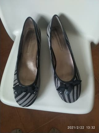 Zapatos de Adolfo Domínguez