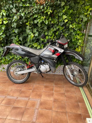 Yamaha dt 125 r 2T