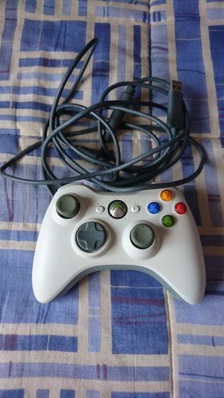 Mando con cable XBOX 360