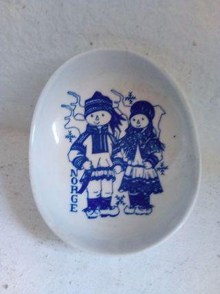 Cenicero de cerámica de Noruega