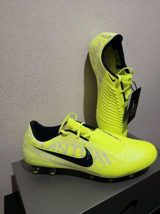 zapatilla fútbol venom elite amarillo