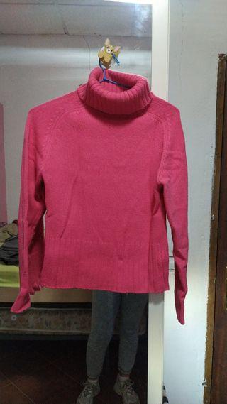Jersey cuello alto color rosa