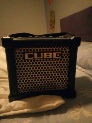 amplificador cube roland
