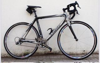 Bicicleta de carretera Isaac