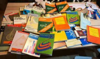 33 libros de matemáticas