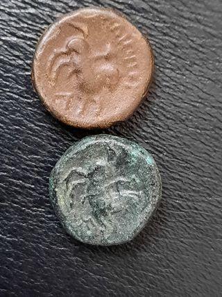 bonitas 2 monedas griegas auténticas a catalogar