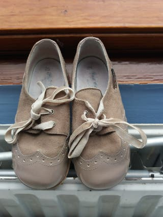 Zapatos niña n 25 Pili Carrera