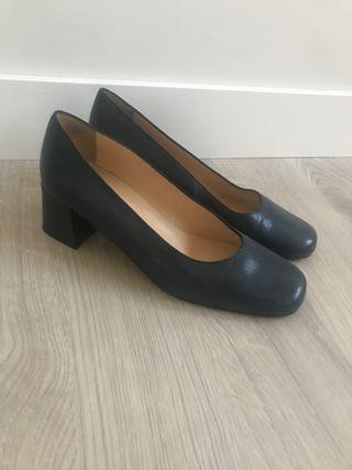 Zapatos t37 para trabajar