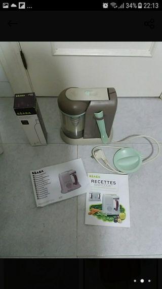 Robot de cocina al vapor. Beaba