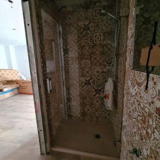 mampara de baño nueva