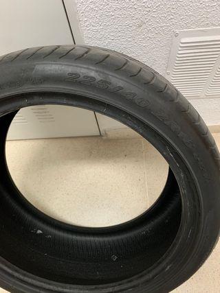 Neumatico Pirelli P-zero