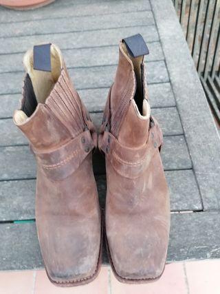 botas de piel sin estrenar