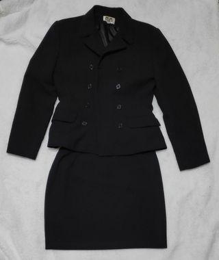 Traje Bocetto falda y chaqueta negra. 40