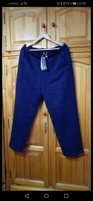 pantalón chándal Adidas talla XL, NUEVO