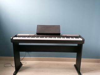 Casio Cdp 100 con Patas Piano eléctrico