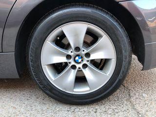 """Llantas 16"""" BMW y neumaticos nuevos 225 50 R16"""