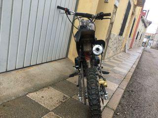 moto de cross circuito