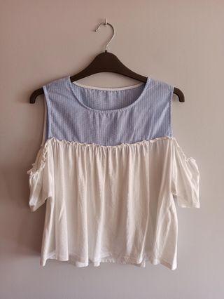 Camiseta de tirantes azul y blanco