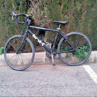 """Bici de carretera talla L ruedas 26""""."""
