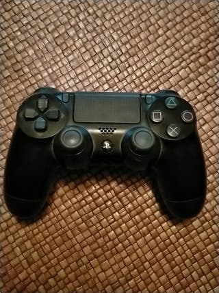 Mando original PS4. NO CARGA