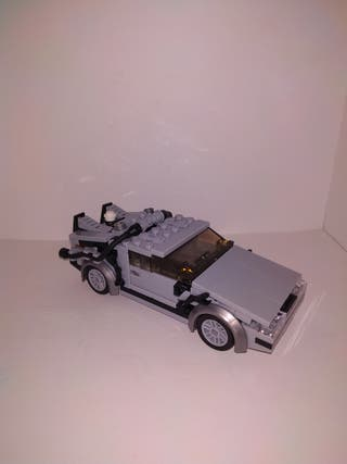 DeLorean DMC tipo LEGO