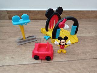 Gasolinera lavado de coche Mickey