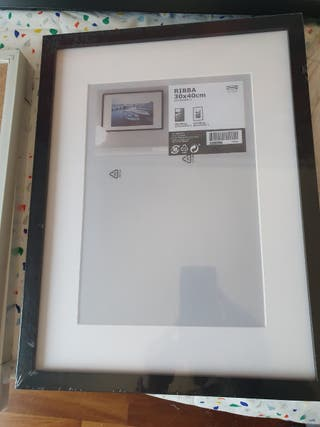Marco Ikea modelo RIBBA 30x 40 cm