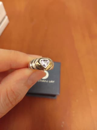 Anillo de plata y oro con diamante