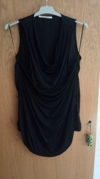 camisola negra