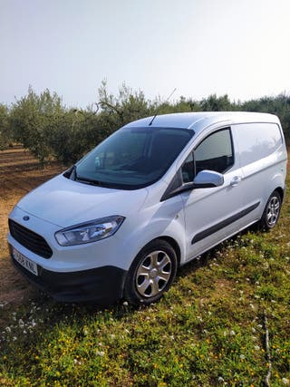 Ford Transit Courier 2020