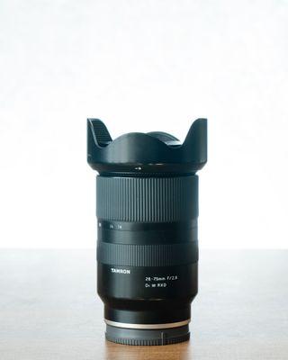 Objetivo Tamron 28-75mm f/2.8 para Sony E