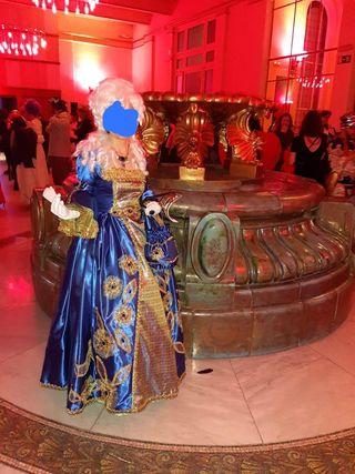 """Disfraz para carnaval """"Madame Pompadour""""."""