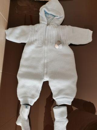 mono bebe 1 mes