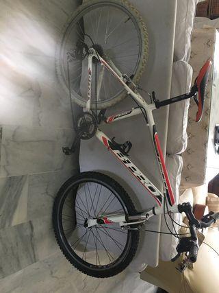 Bicicleta de montaña Orbea Bpro 200