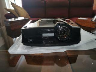 Proyector de cine Mitshubishi Hc3800