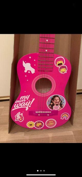 Guitarra española de madera para niña nueva
