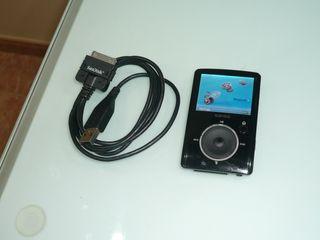 SANSA FUZE 4GB. +TARJETA MICRO SD DE 16 GB