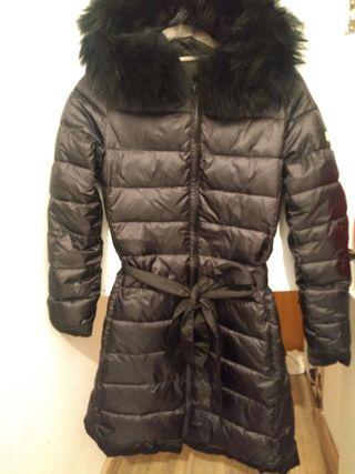 Precioso abrigo Pedro del hierro, costó 389 euros