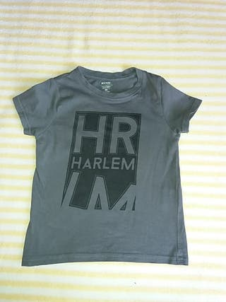 Camiseta gris. Talla 4A. Marca KIABI