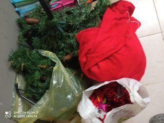 Árbol de navidad + decoración+ disfraz